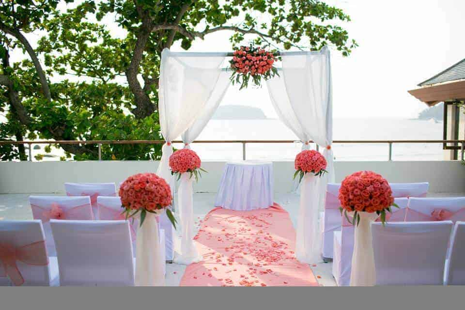 Phuket Beach Wedding Flowers